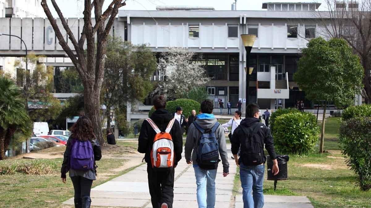 Un ataque informático con 'ransomware' deja la Universitat Autònoma de Barcelona sin internet